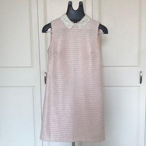 Pretty classic retro looking dress.